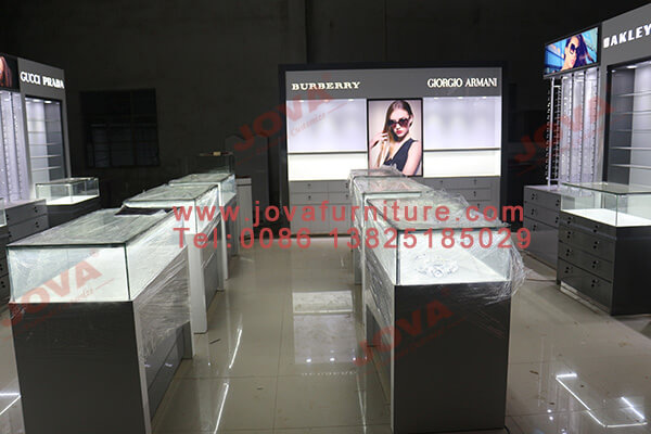 optical display manufacturers canada