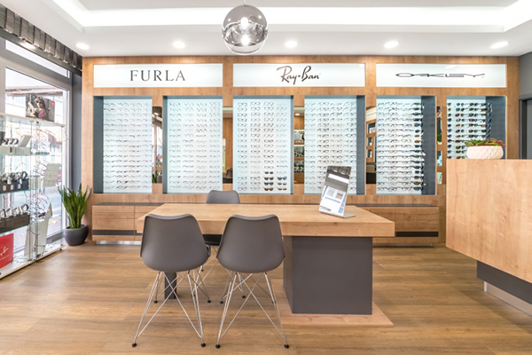 optical shop decorating ideas