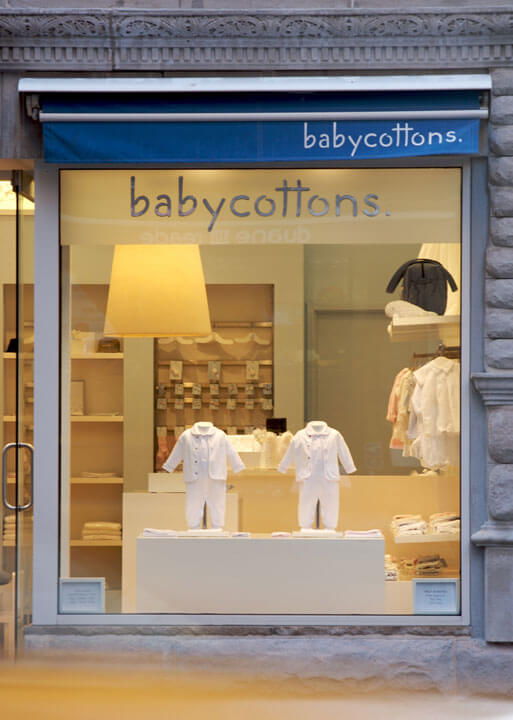 baby store window display ideas
