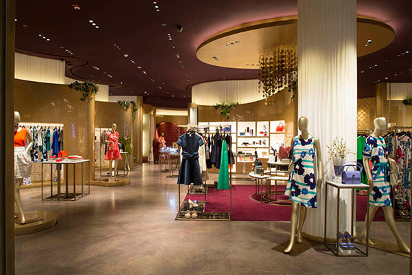 interior design ideas for clothing boutique