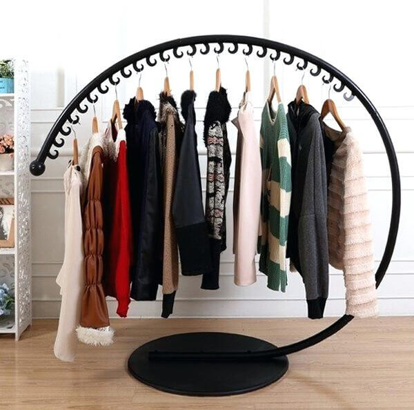standing clothes hanging rack