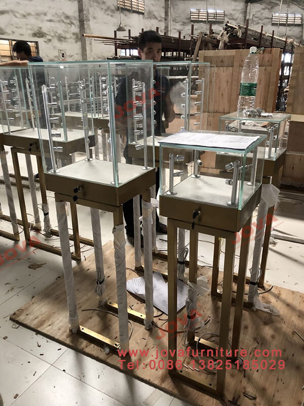 jewelry pedestals wholesale