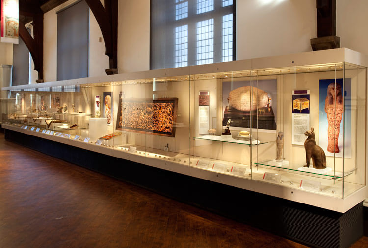 wall museum display cabinets