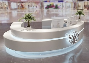 curved reception counter