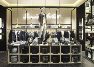men's boutique interior design