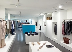 clothing shop fit out