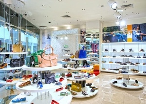 ladies footwear showroom design